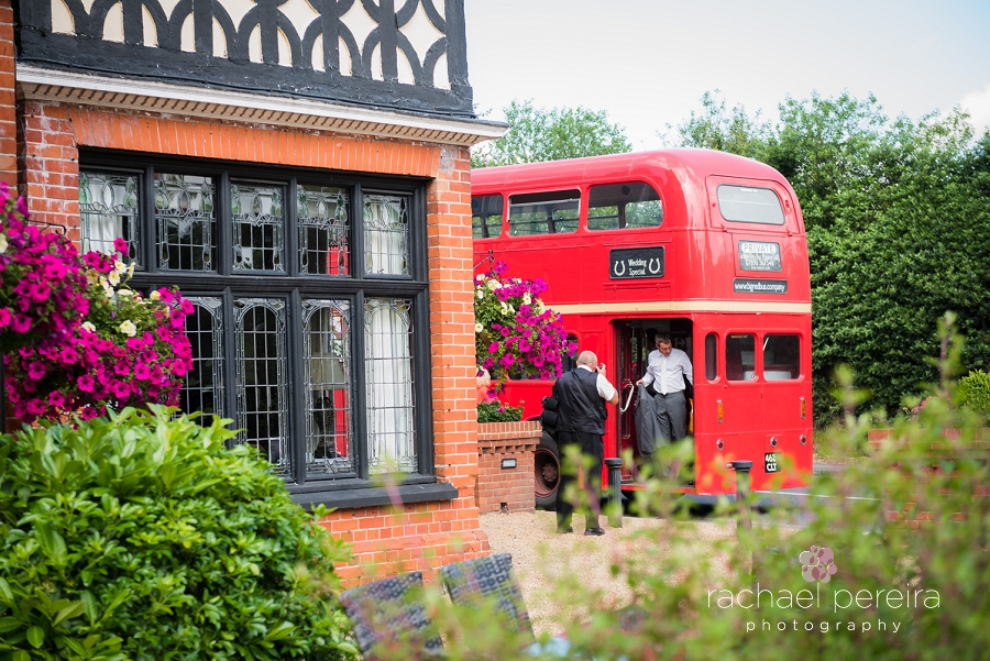 de-rougemont-manor-wedding_0010.jpg