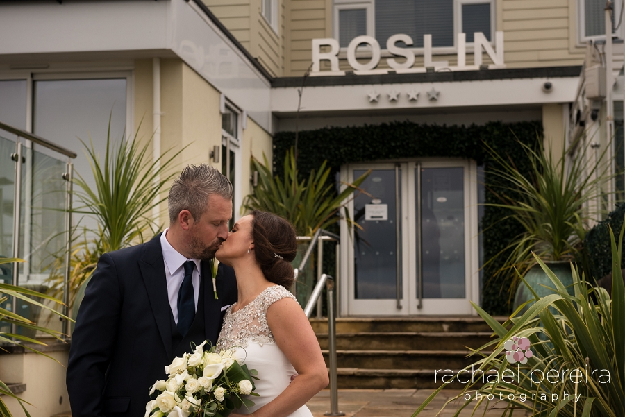 roslin-beach-wedding