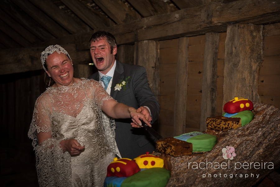 grange-barn-essex-wedding_0035.jpg