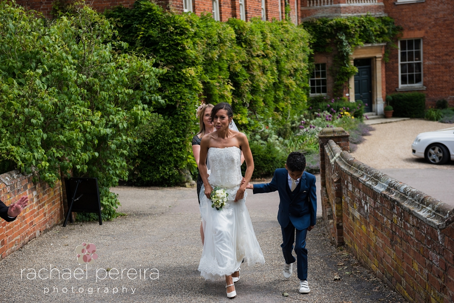 hedingham-castle-wedding_0011.jpg