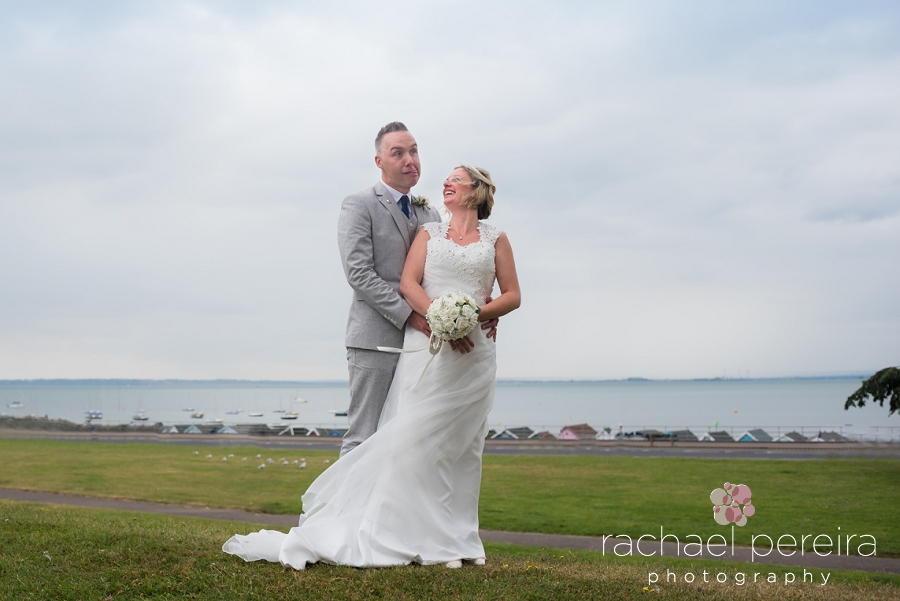 roslin-beach-southend-wedding_0015.jpg