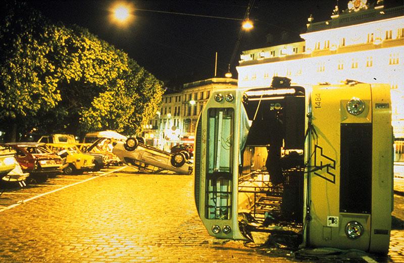 Burn Out: Jes Brinch & Henrik Plenge Jakobsen: Parking