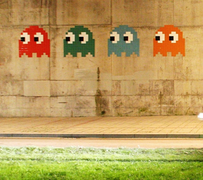 By kurtxio (Space invaders) [CC BY 2.0 (http://creativecommons.org/licenses/by/2.0)], via Wikimedia Commons
