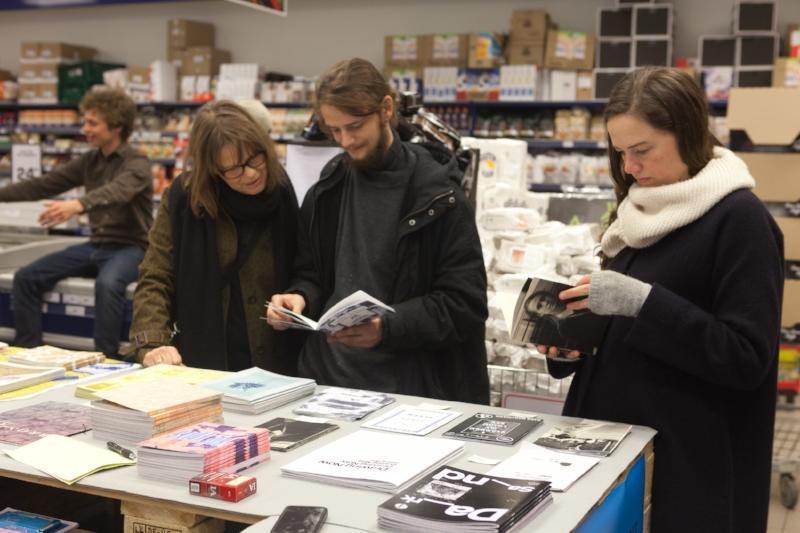 One Thousand Books, Rema 1000, Carlsberg, Copenhagen. Photo Johan Rosenmunthe.