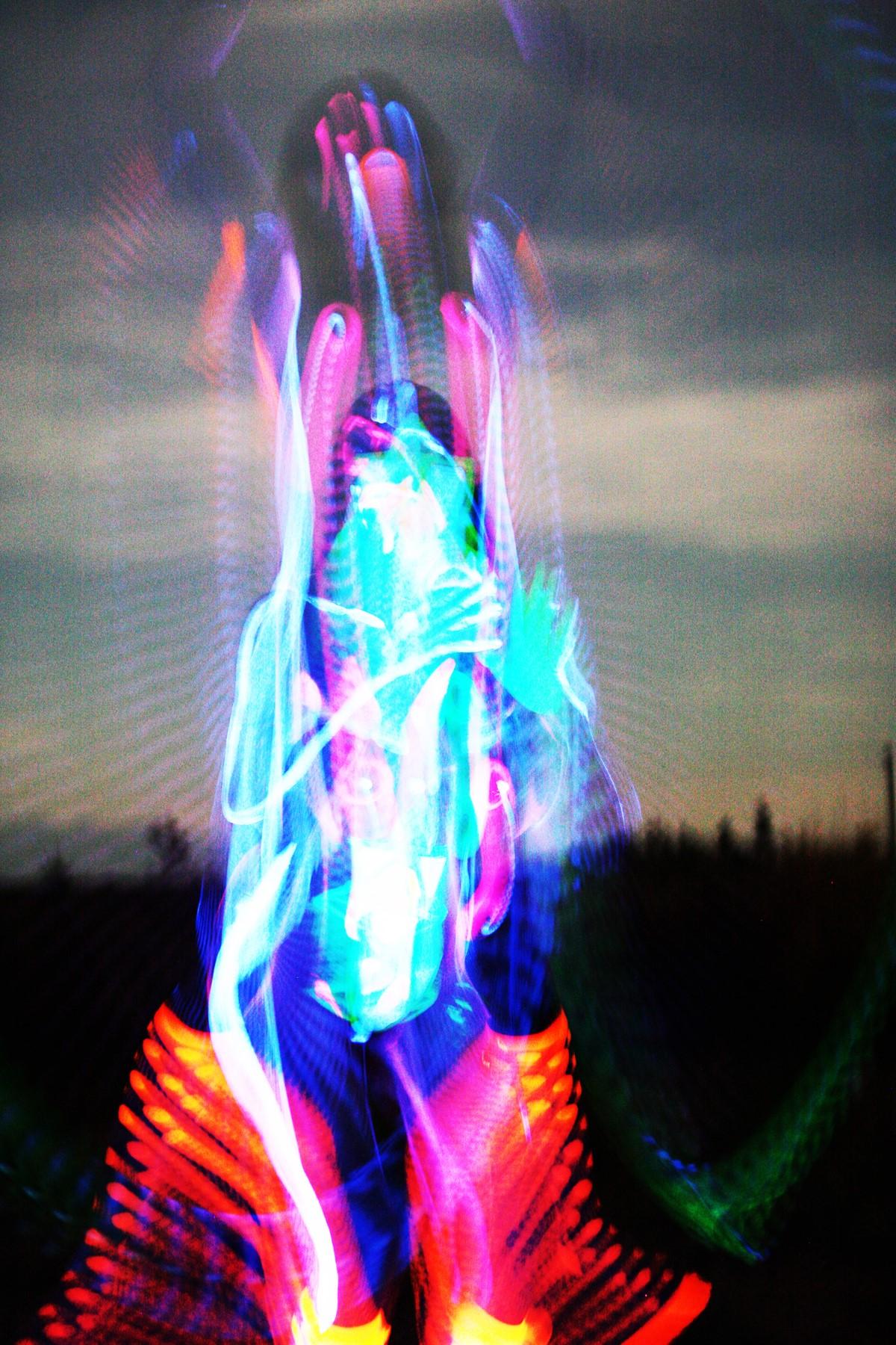 glowindarkLea.jpg