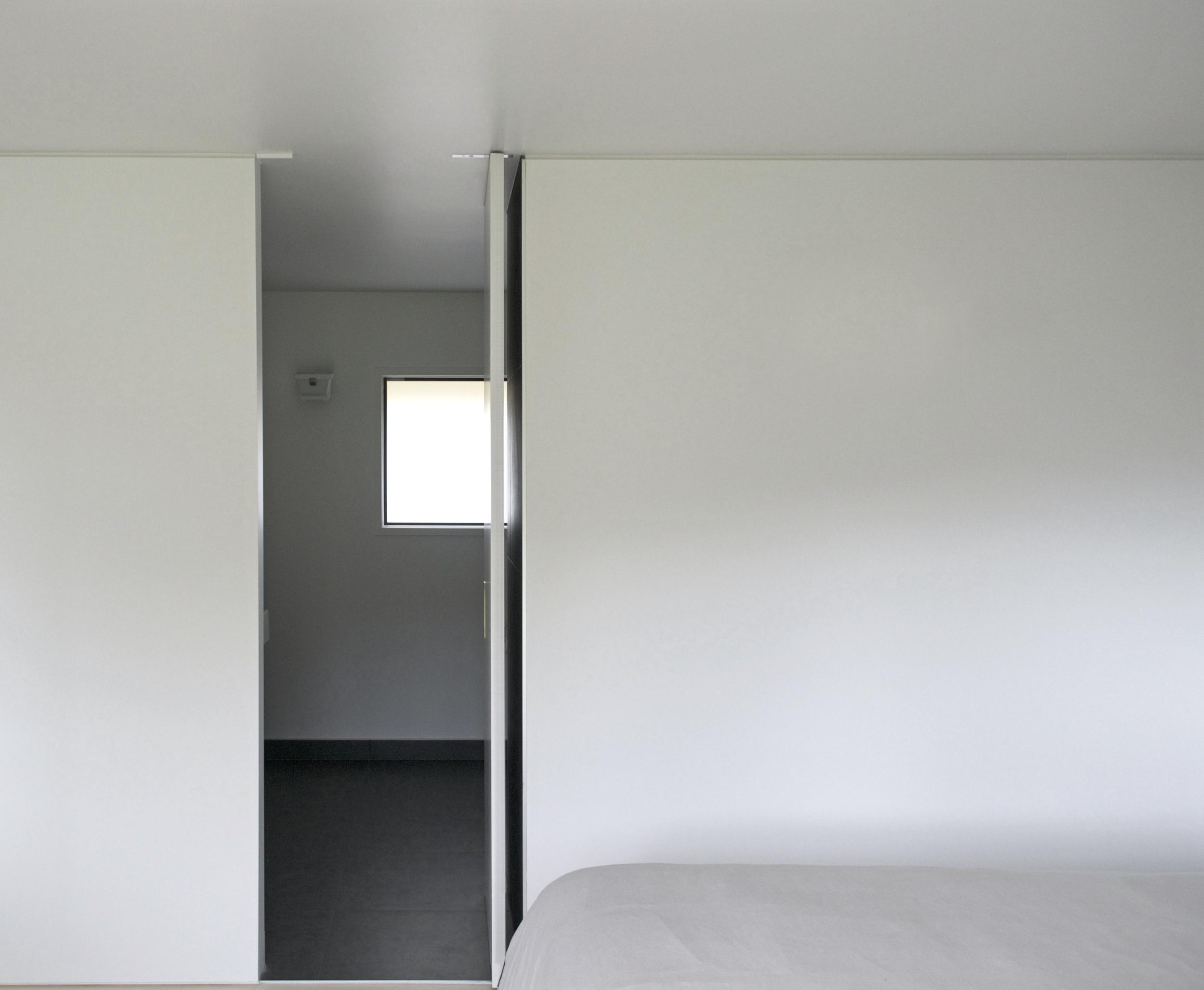 WTAD_number8house_interior06.jpg