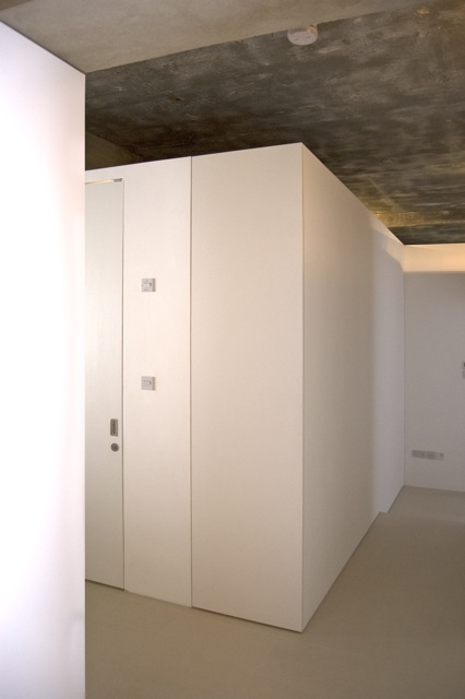 guest showerroom pod.jpg
