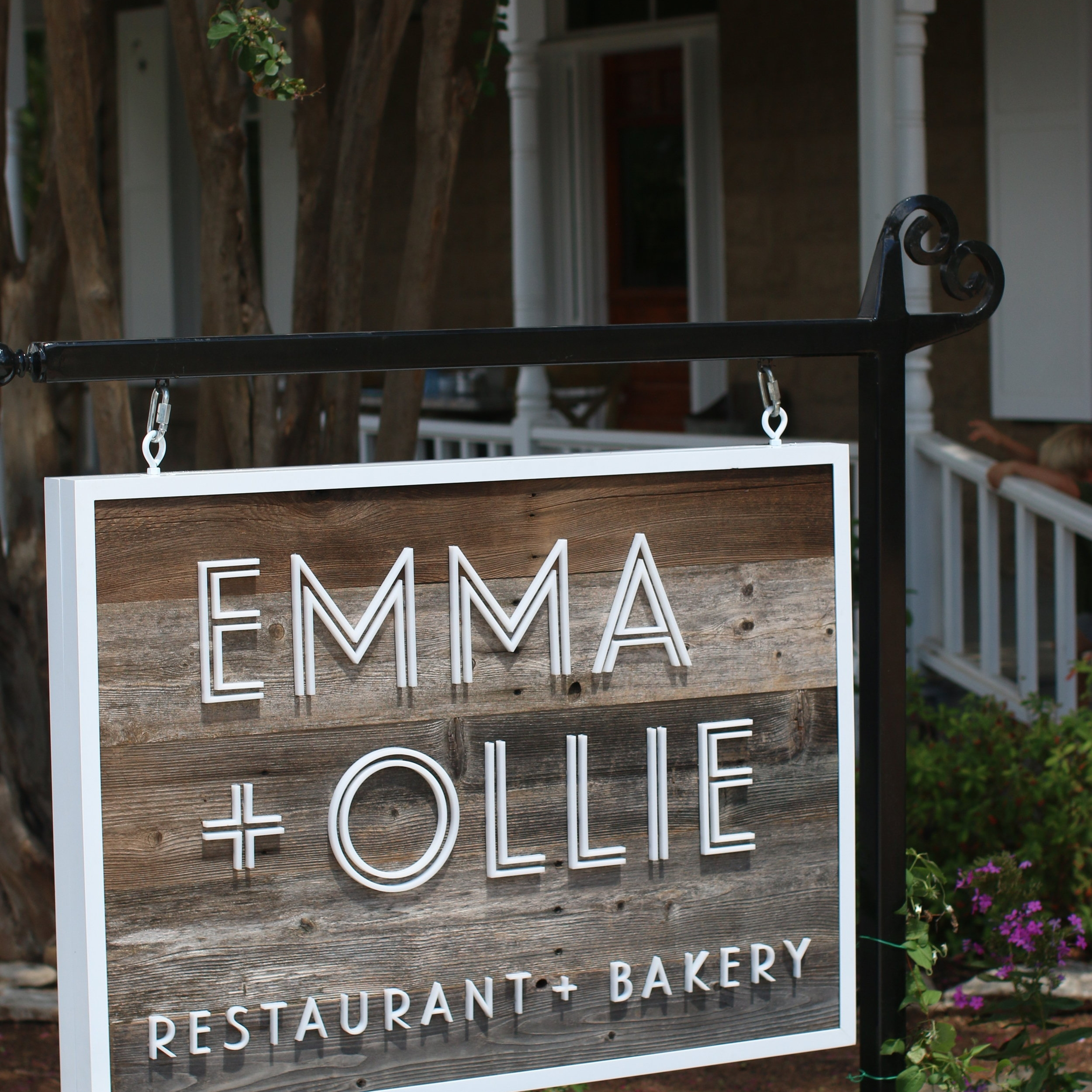 Emma + Ollie