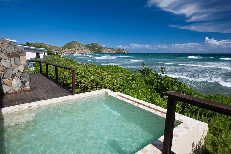Premier+Suite+Outdoor+Terrace+and+Pool.jpg
