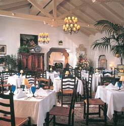 hotel_spotlight_picture_az-inn-dining.jpg