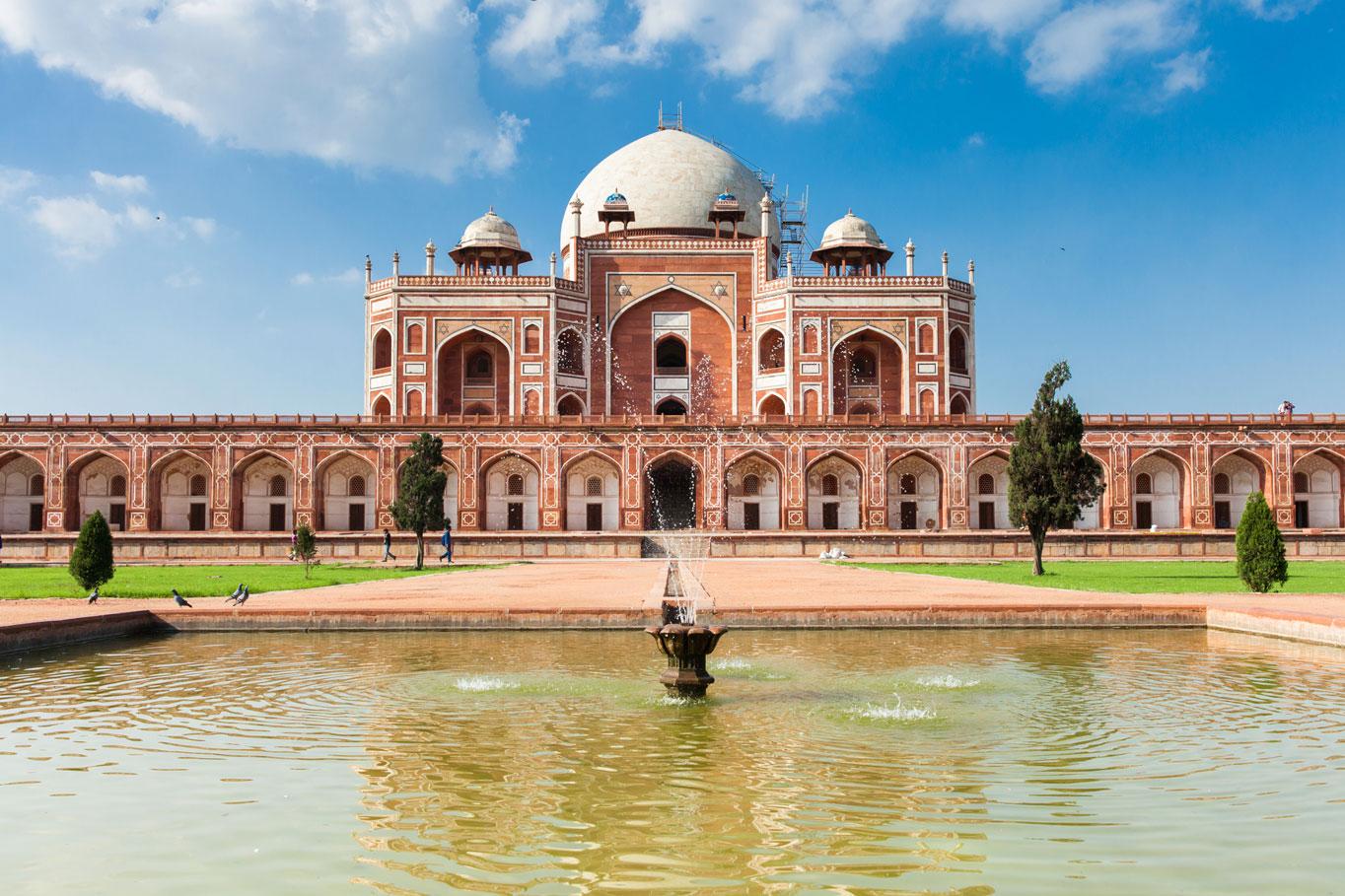 Humayun-Tomb-Delhi-wi.jpg