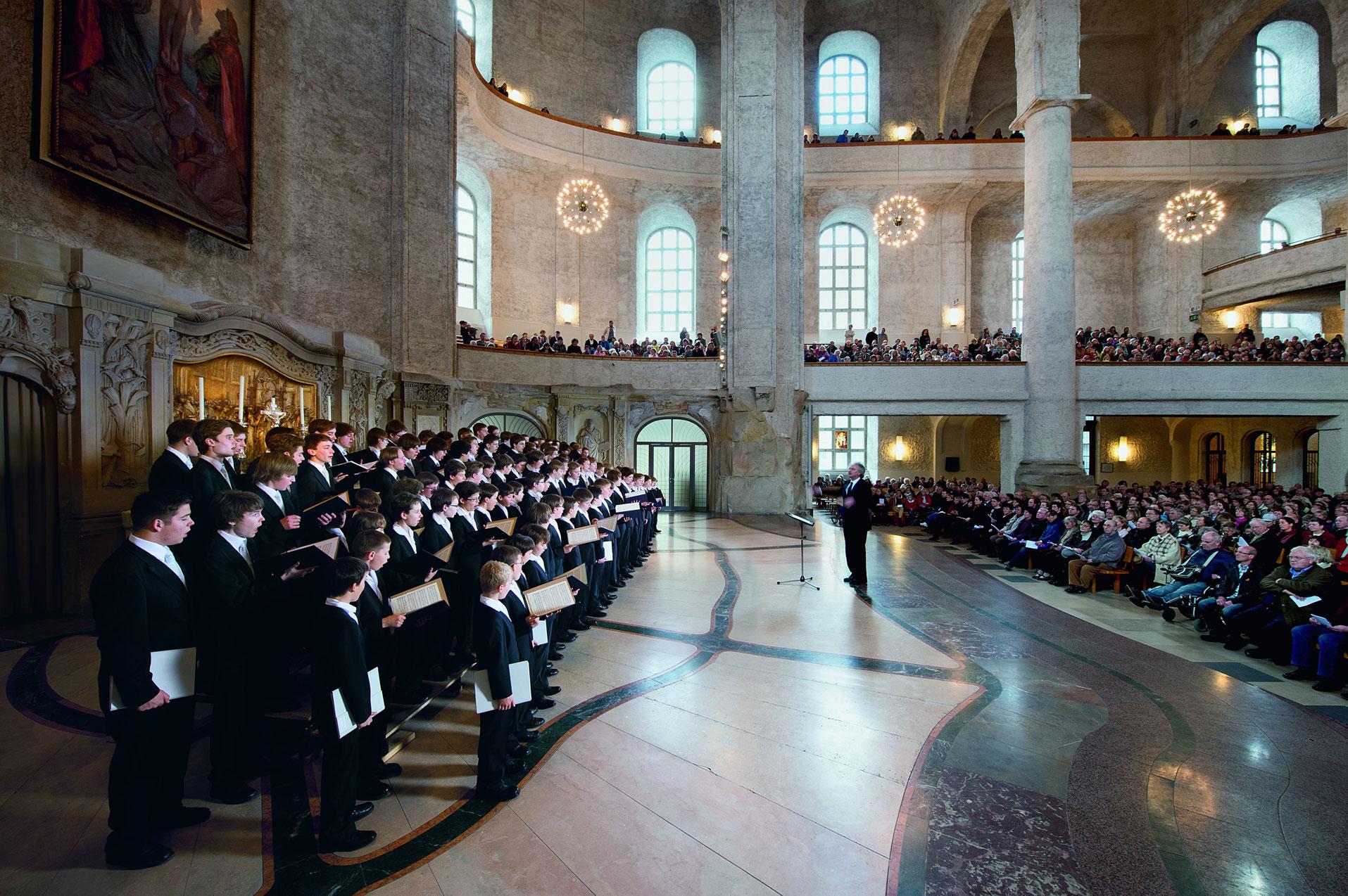 Dresden Kreuz Choir - photo by Matthais Krueger
