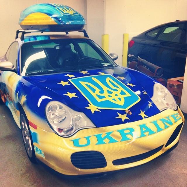 Weird #Ukrainian #Porsche. (at Downtown Boston)
