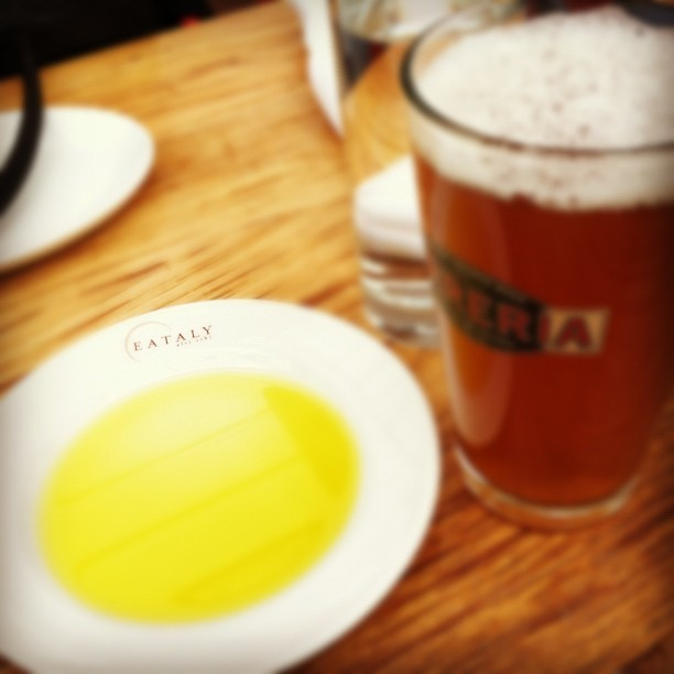 Awesome spot, and good DFH beer. (Taken with  Instagram  at La Birreria @ Eataly)