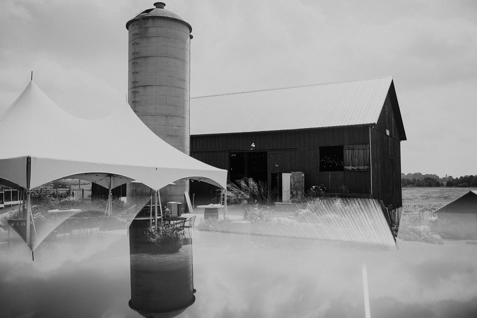 overthevineswisconsinwedding_0006.jpg