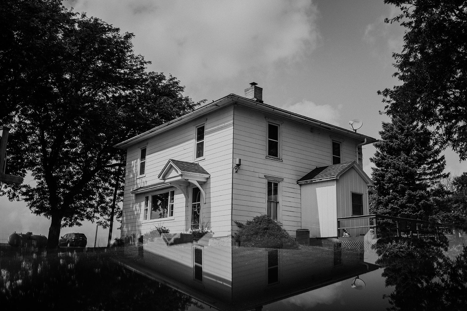 overthevineswisconsinwedding_0010.jpg