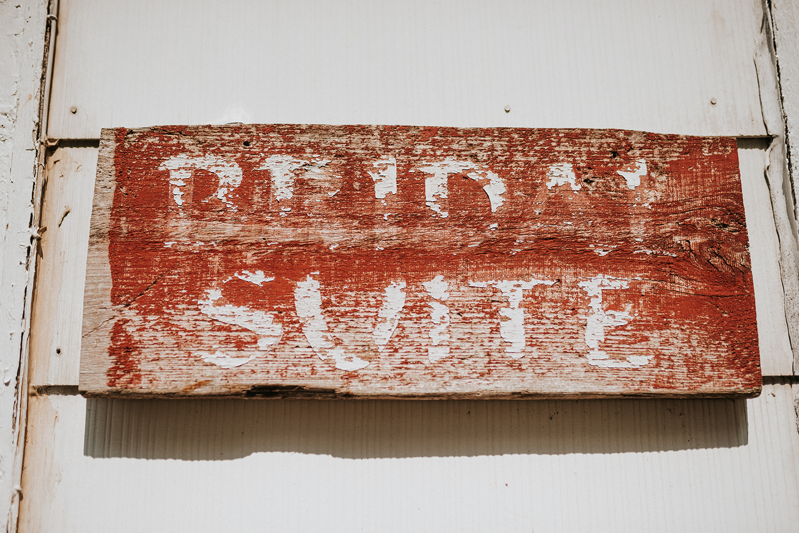 overthevineswisconsinwedding_0011.jpg