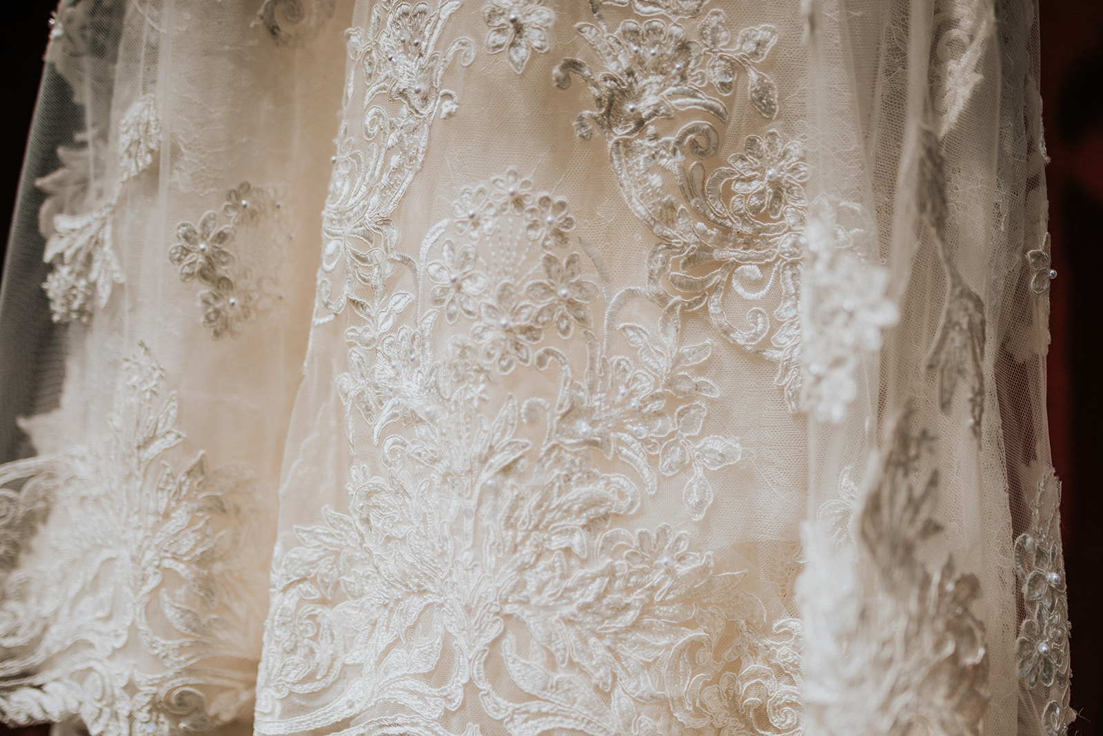 overthevineswisconsinwedding_0186.jpg