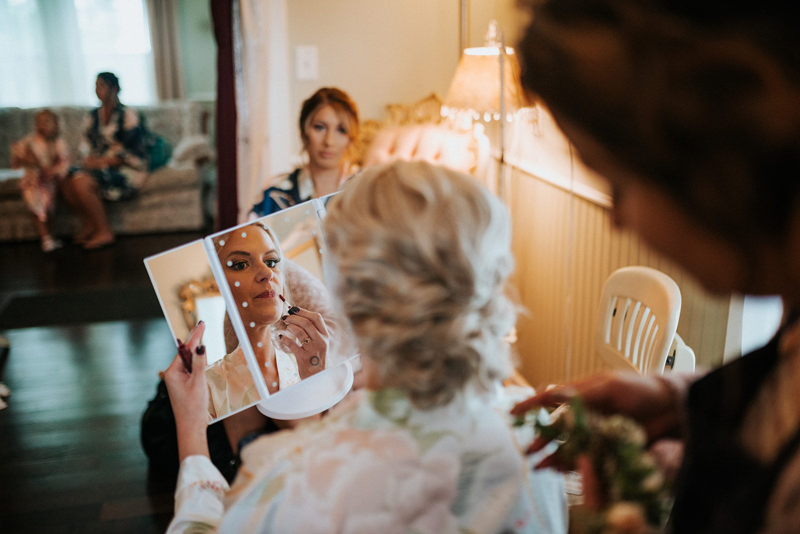 overthevineswisconsinwedding_0209.jpg