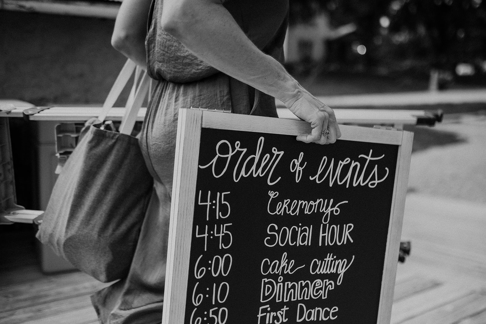 overthevineswisconsinwedding_0266.jpg