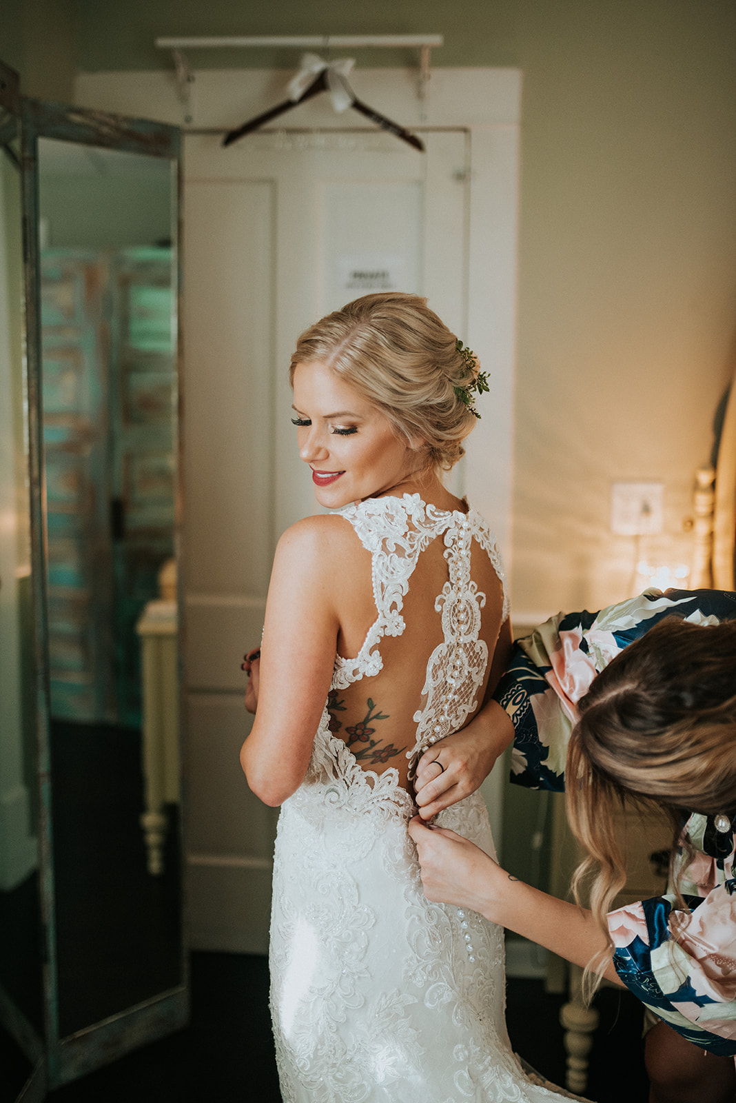 overthevineswisconsinwedding_0298.jpg