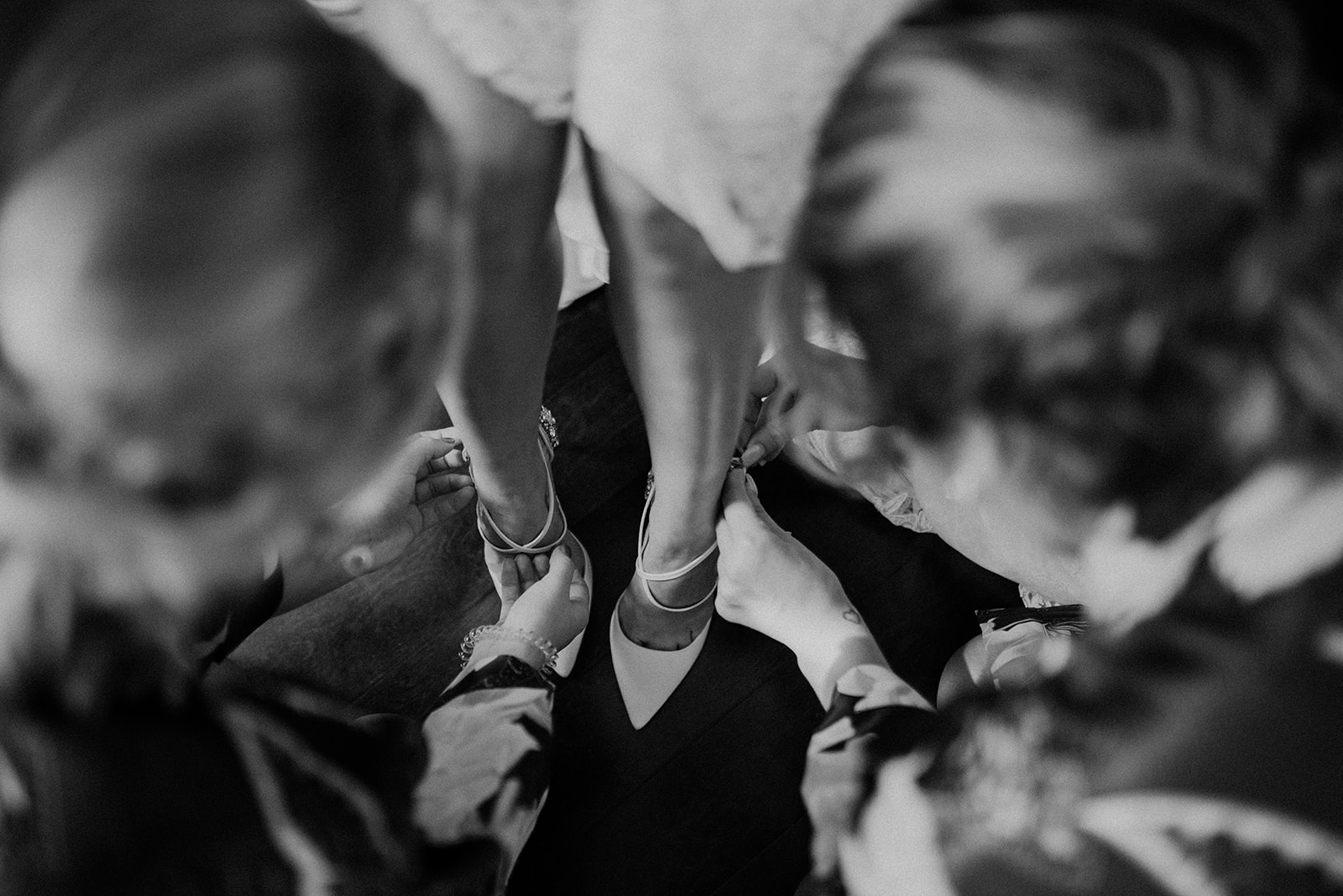 overthevineswisconsinwedding_0320.jpg