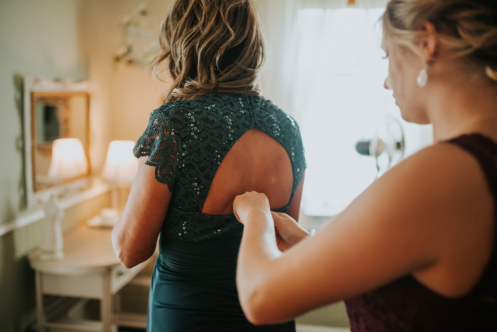 overthevineswisconsinwedding_0389.jpg