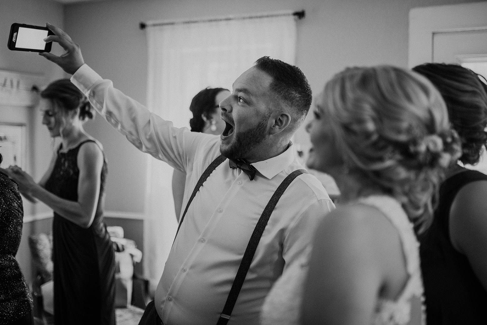 overthevineswisconsinwedding_0413.jpg