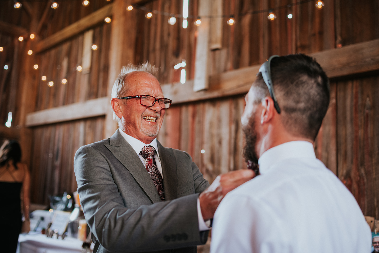 overthevineswisconsinwedding_0428.jpg