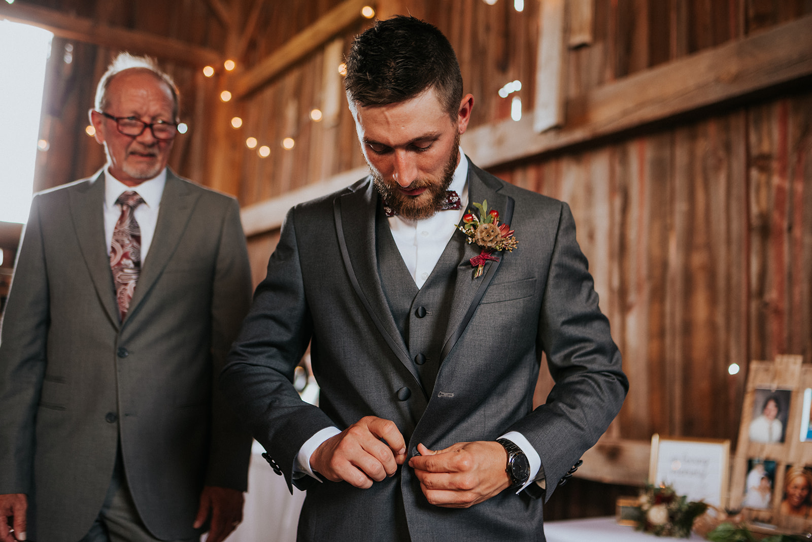 overthevineswisconsinwedding_0446.jpg