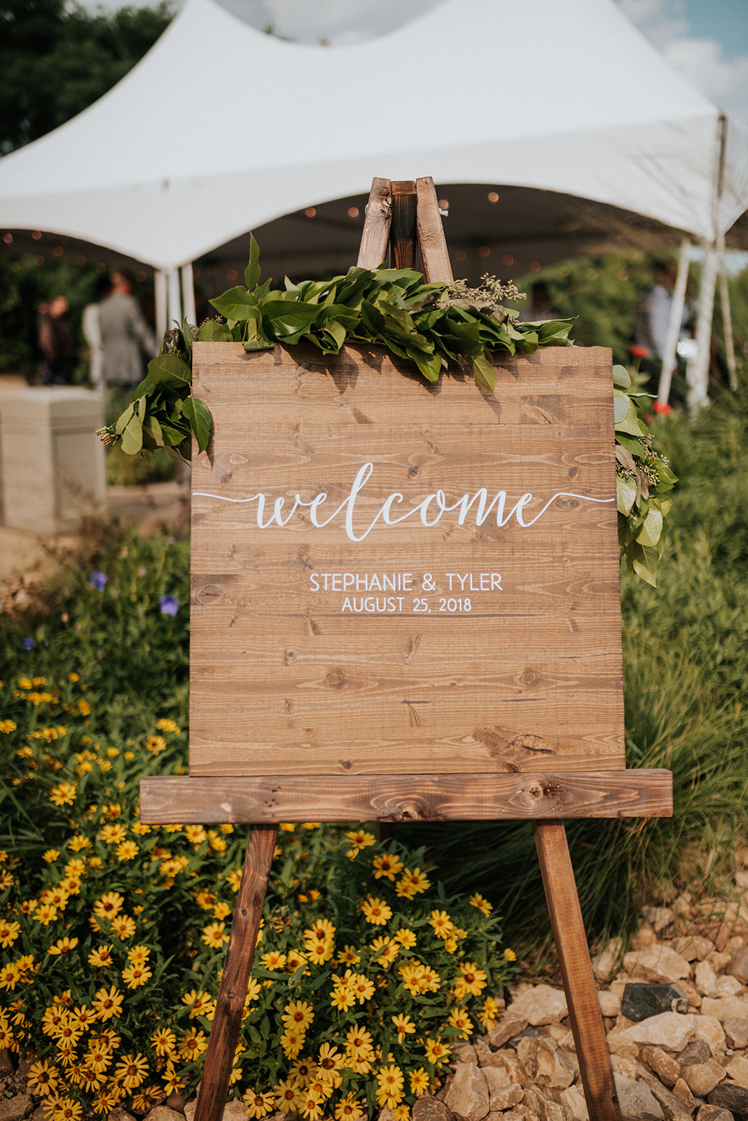 overthevineswisconsinwedding_0459.jpg
