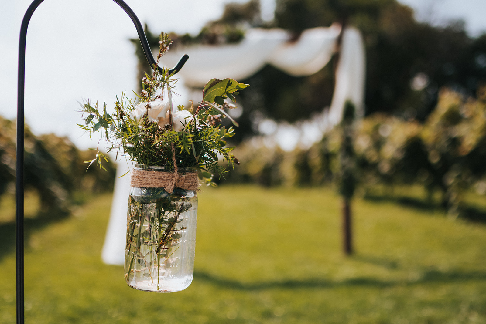 overthevineswisconsinwedding_0476.jpg