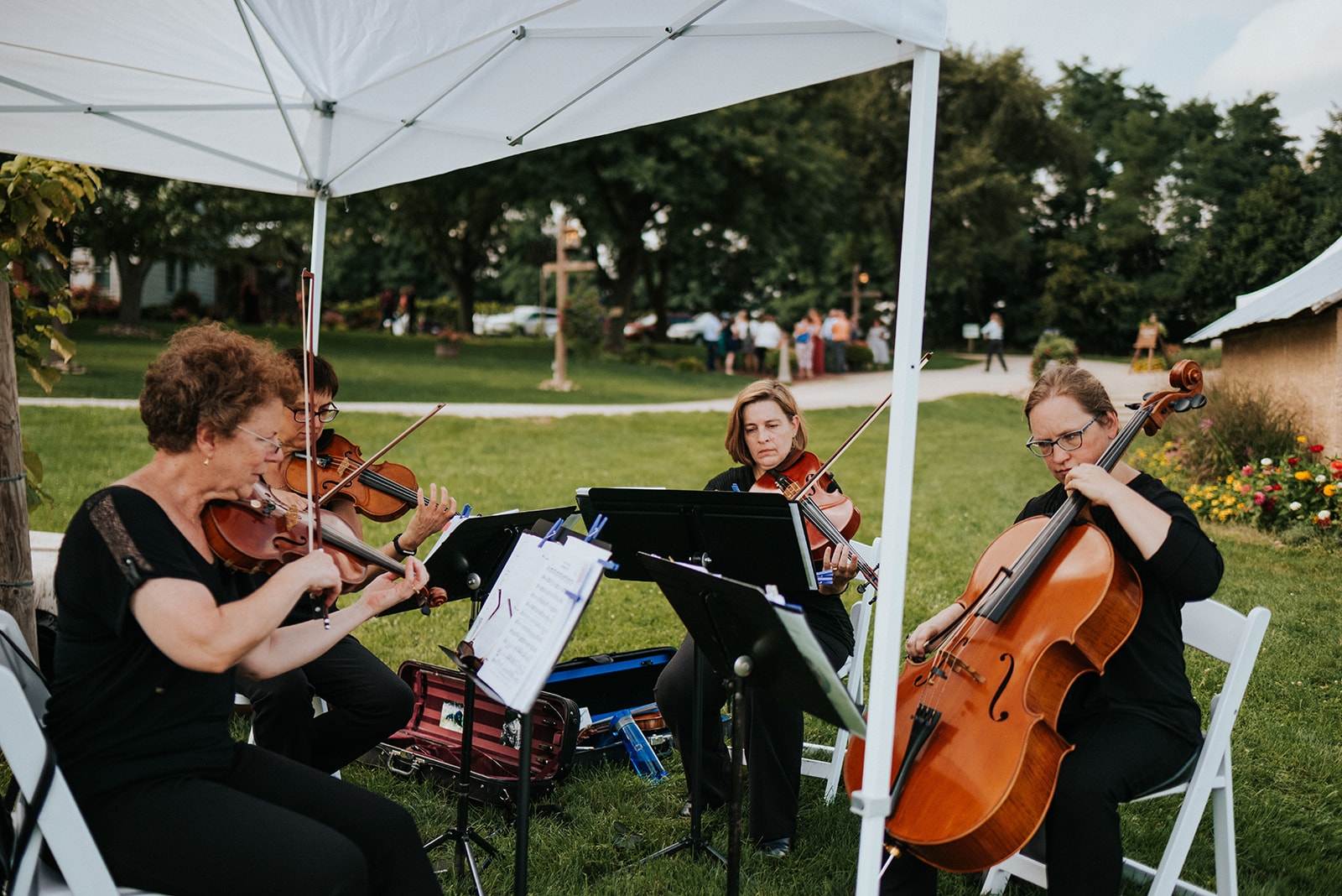 overthevineswisconsinwedding_0494.jpg