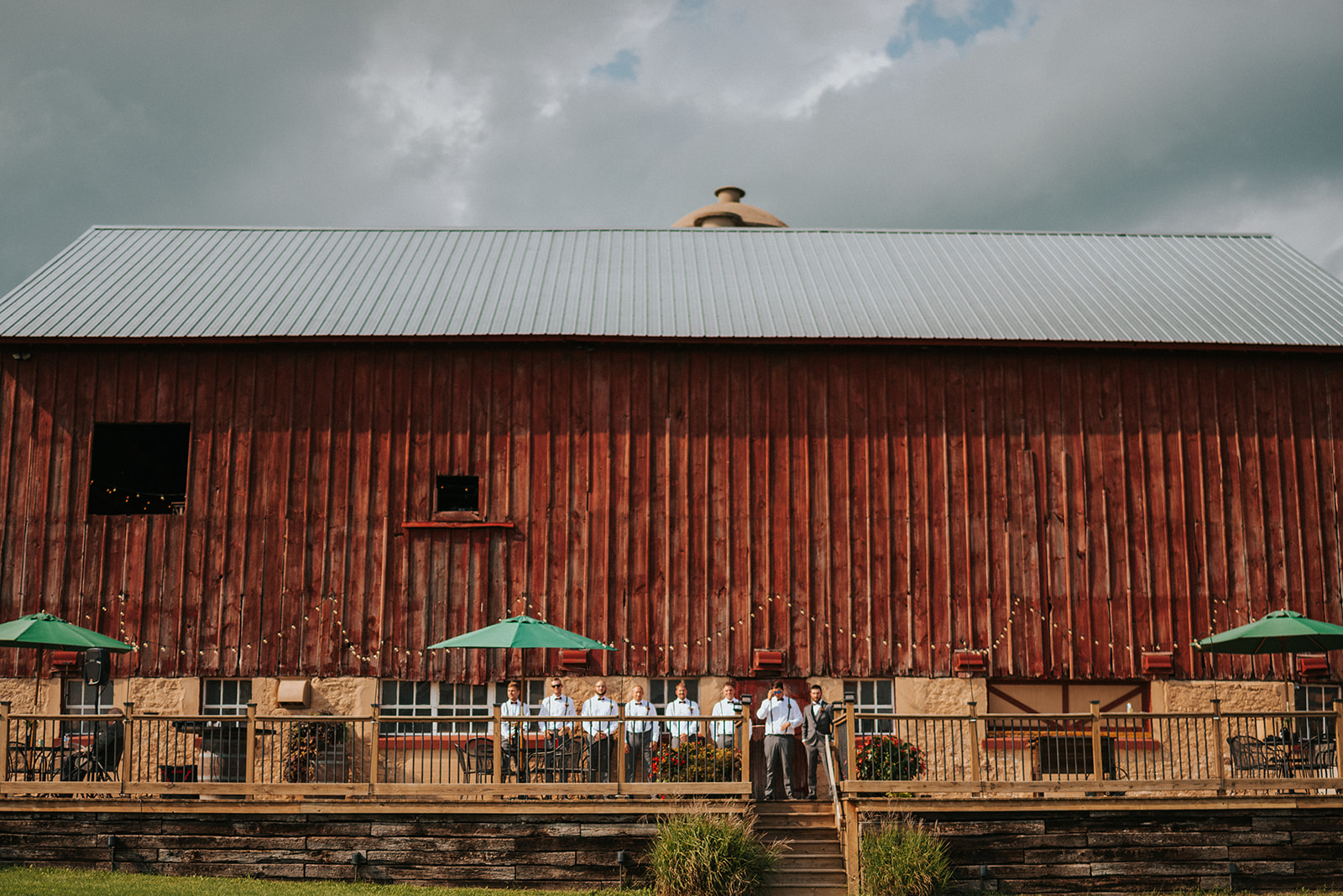 overthevineswisconsinwedding_0535.jpg