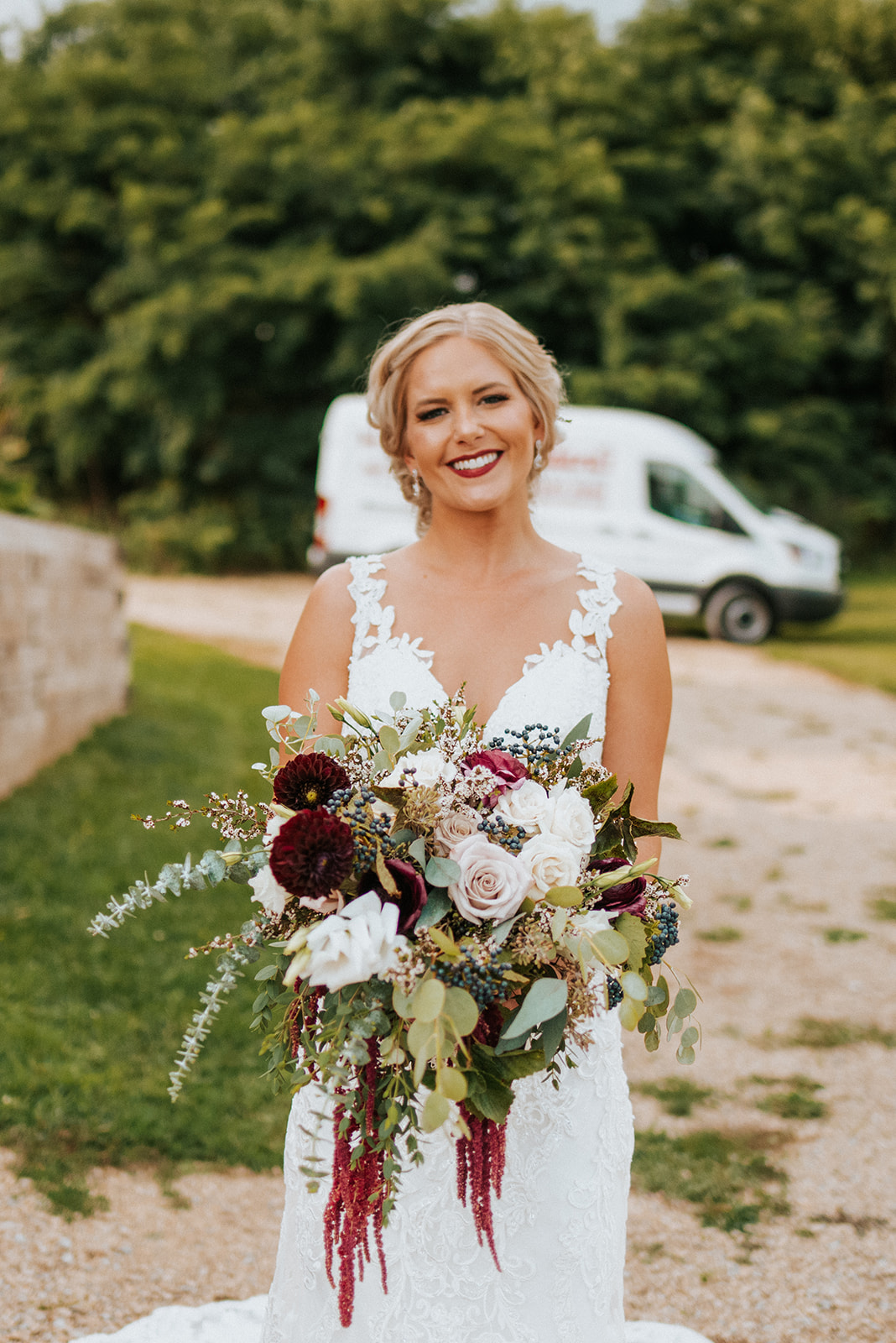 overthevineswisconsinwedding_0537.jpg