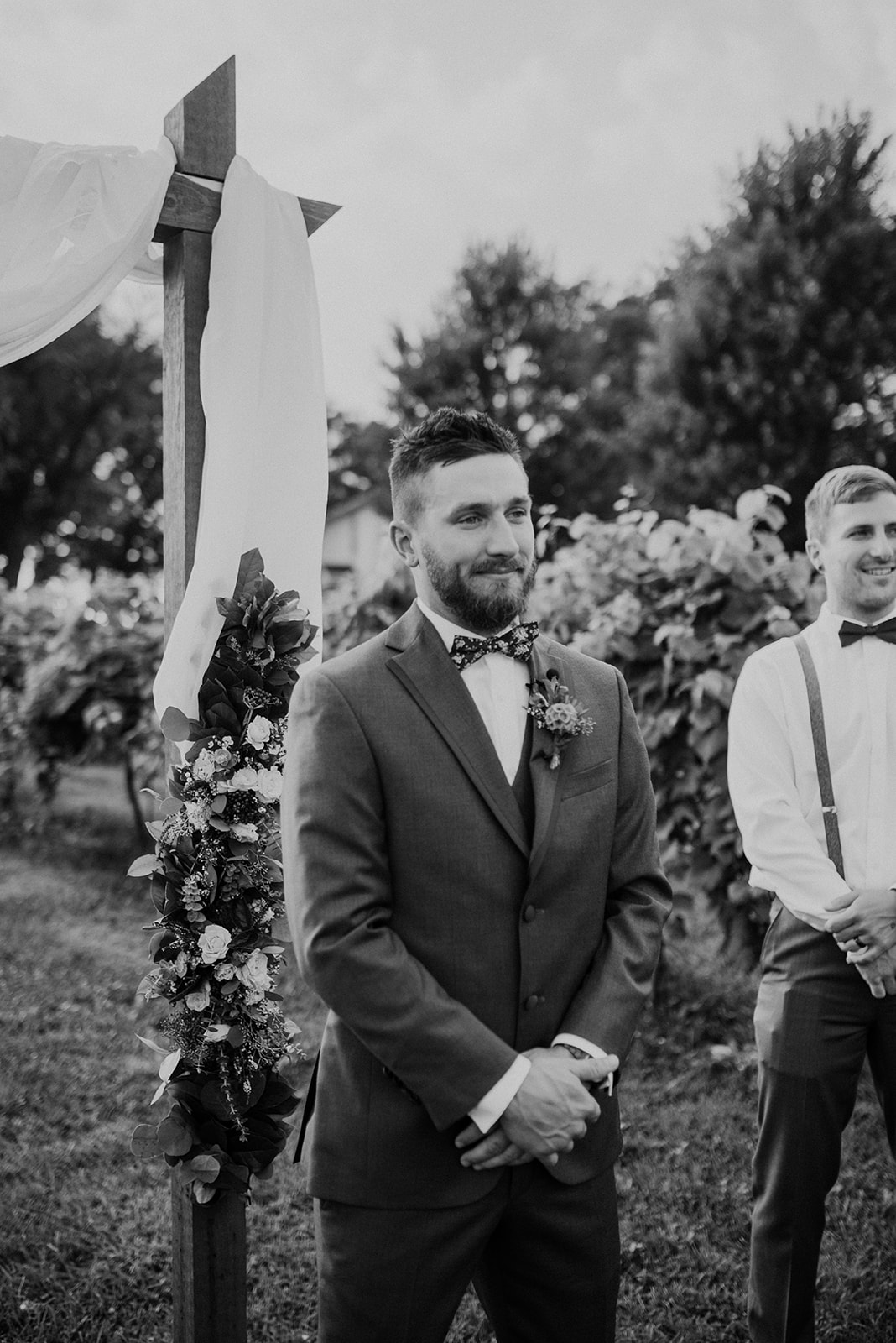 overthevineswisconsinwedding_0620.jpg