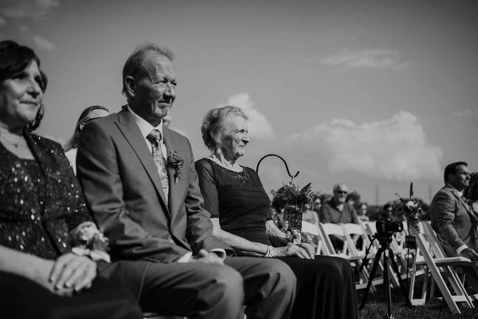 overthevineswisconsinwedding_0636.jpg