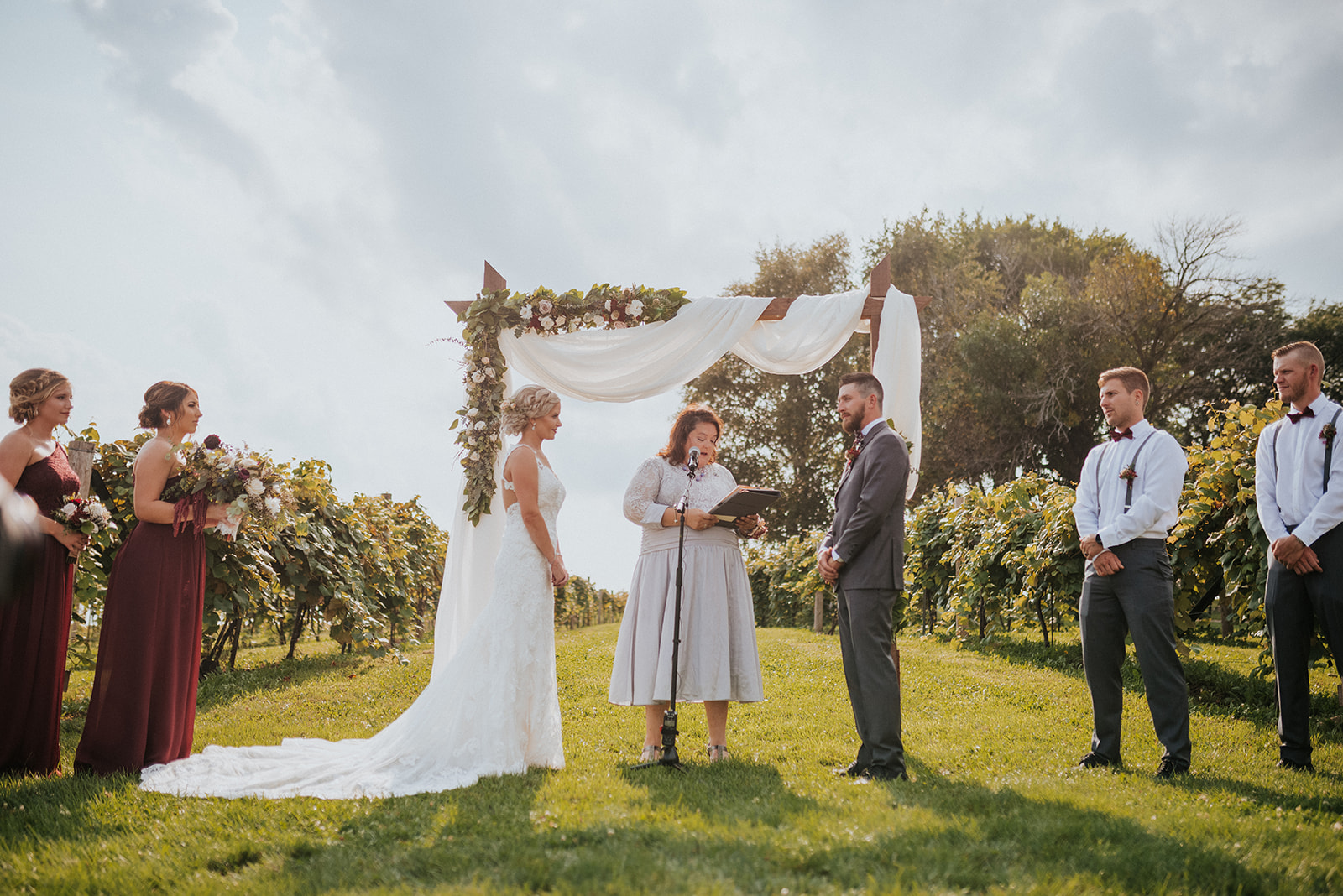 overthevineswisconsinwedding_0642.jpg