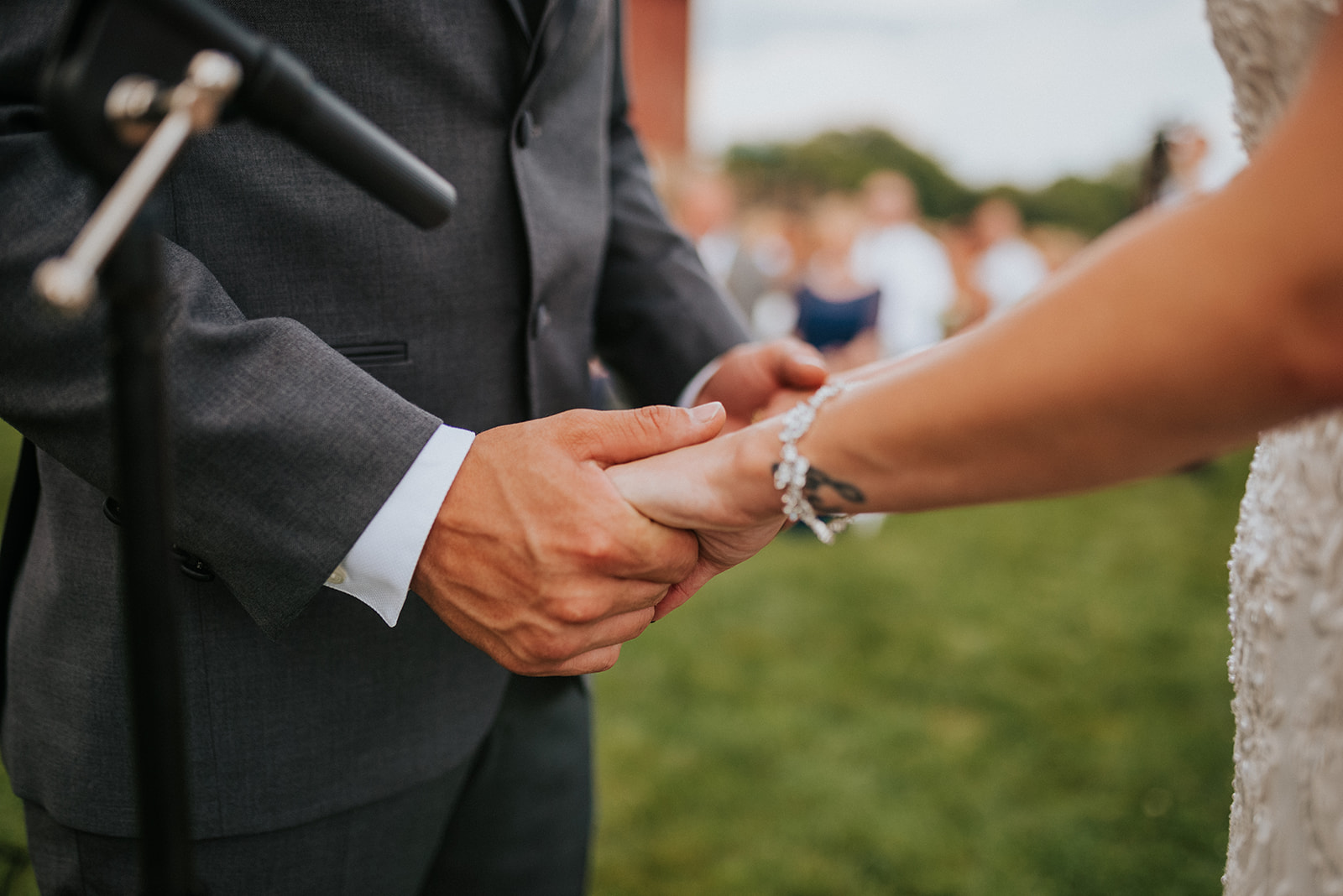 overthevineswisconsinwedding_0669.jpg