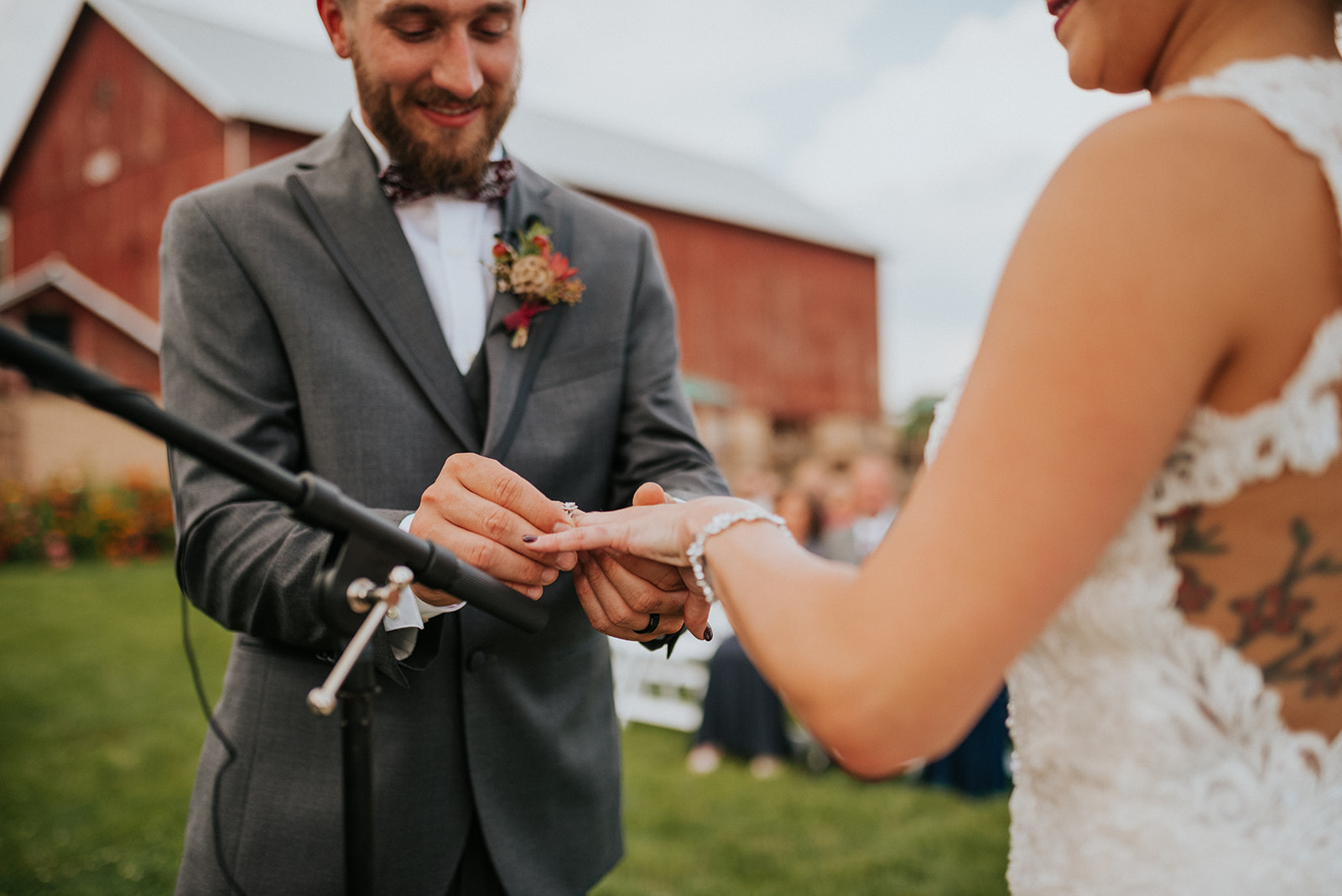 overthevineswisconsinwedding_0678.jpg