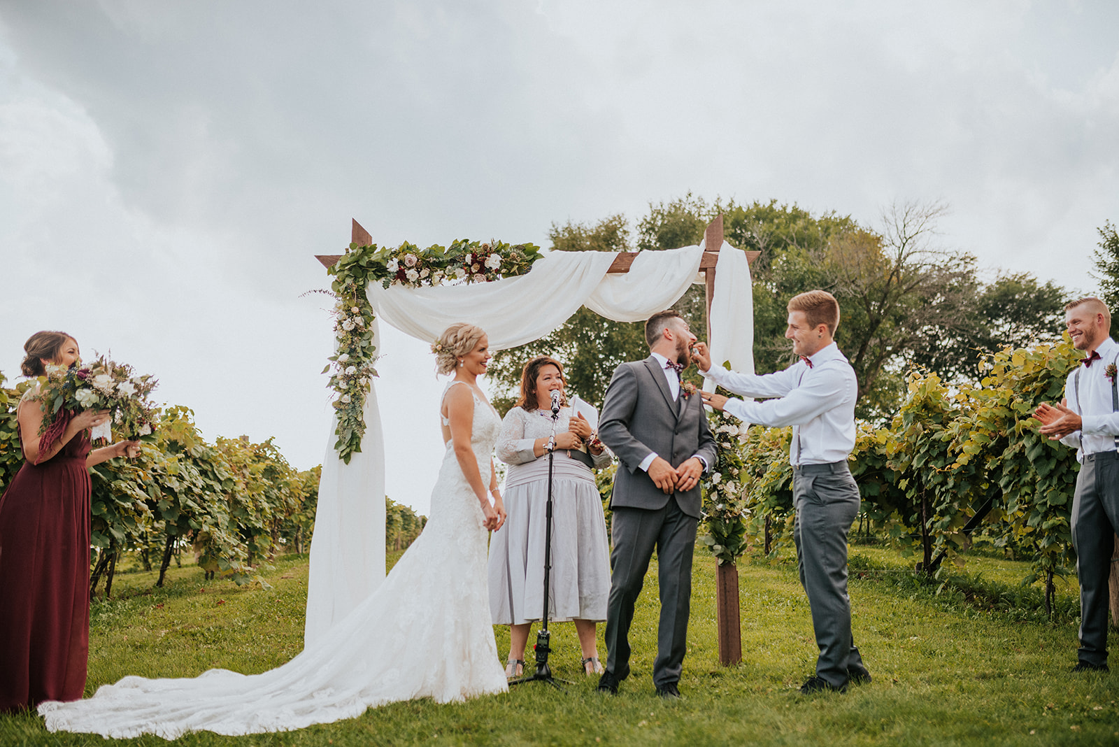 overthevineswisconsinwedding_0680.jpg