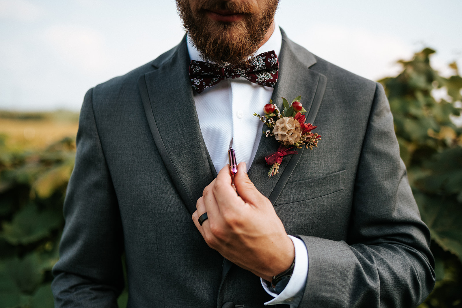 overthevineswisconsinwedding_0922.jpg