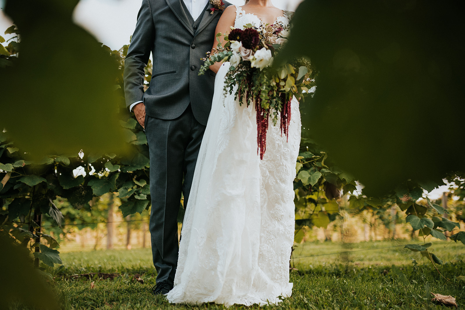 overthevineswisconsinwedding_0927.jpg