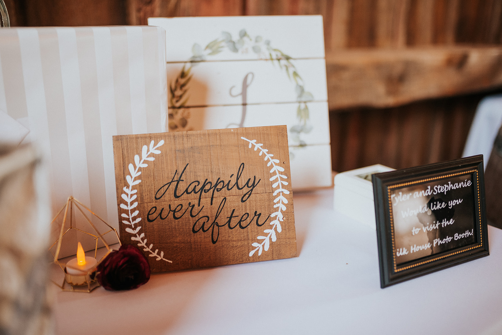 overthevineswisconsinwedding_1047.jpg