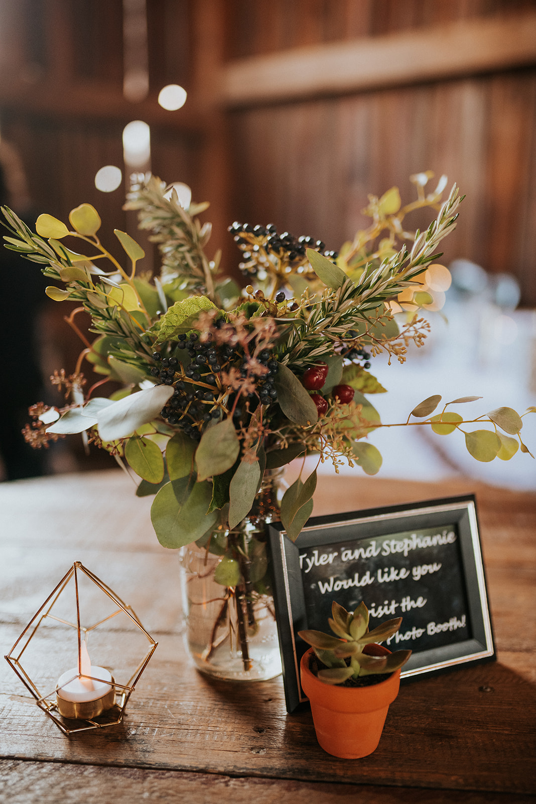 overthevineswisconsinwedding_1066.jpg