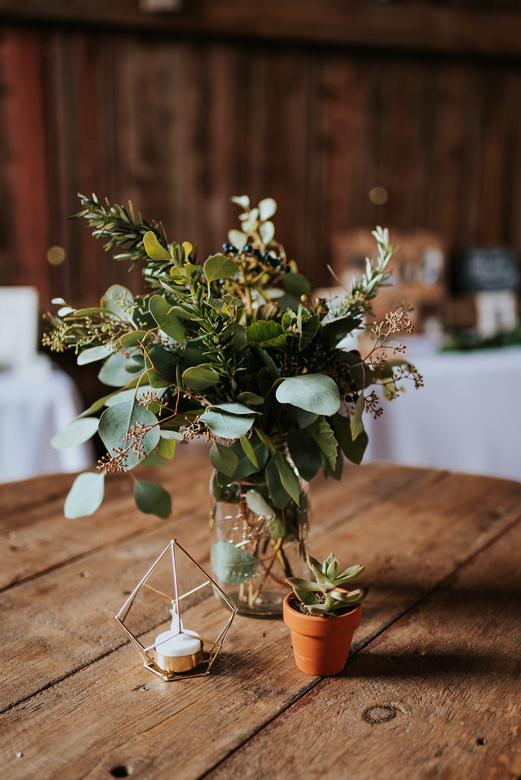 overthevineswisconsinwedding_1068.jpg