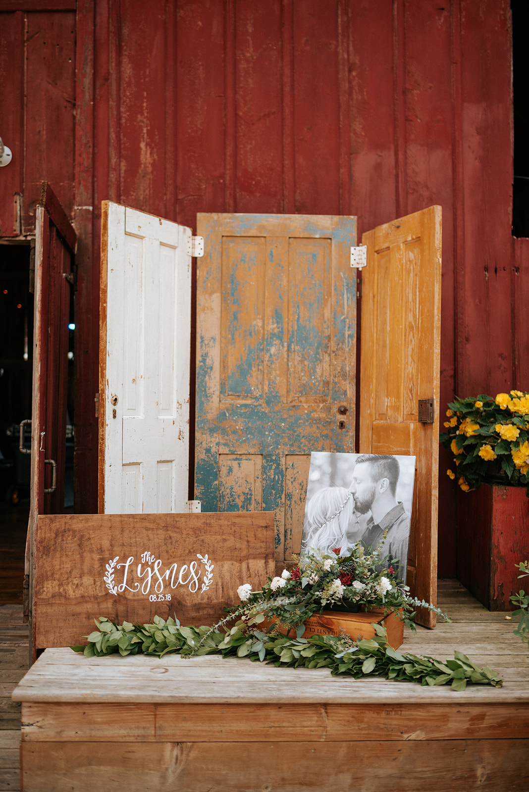 overthevineswisconsinwedding_1073.jpg