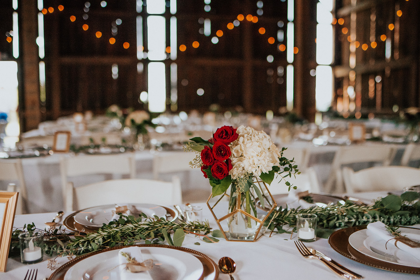 overthevineswisconsinwedding_1083.jpg