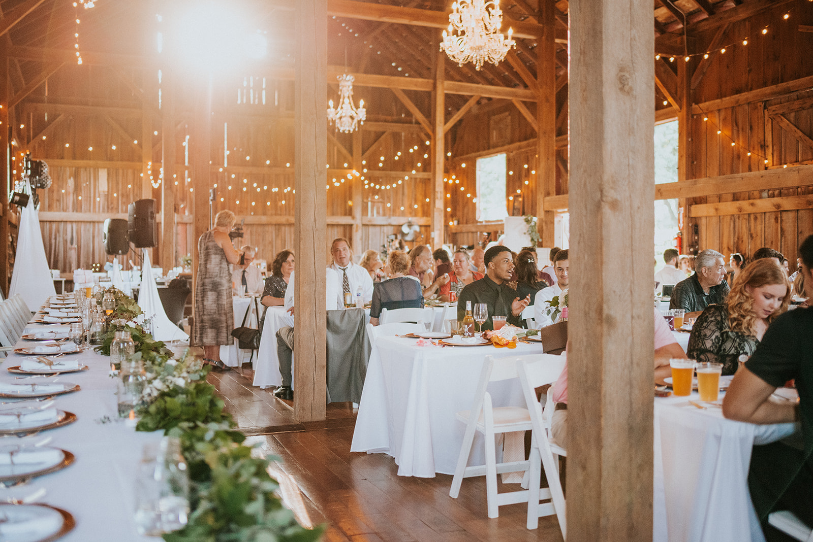overthevineswisconsinwedding_1122.jpg