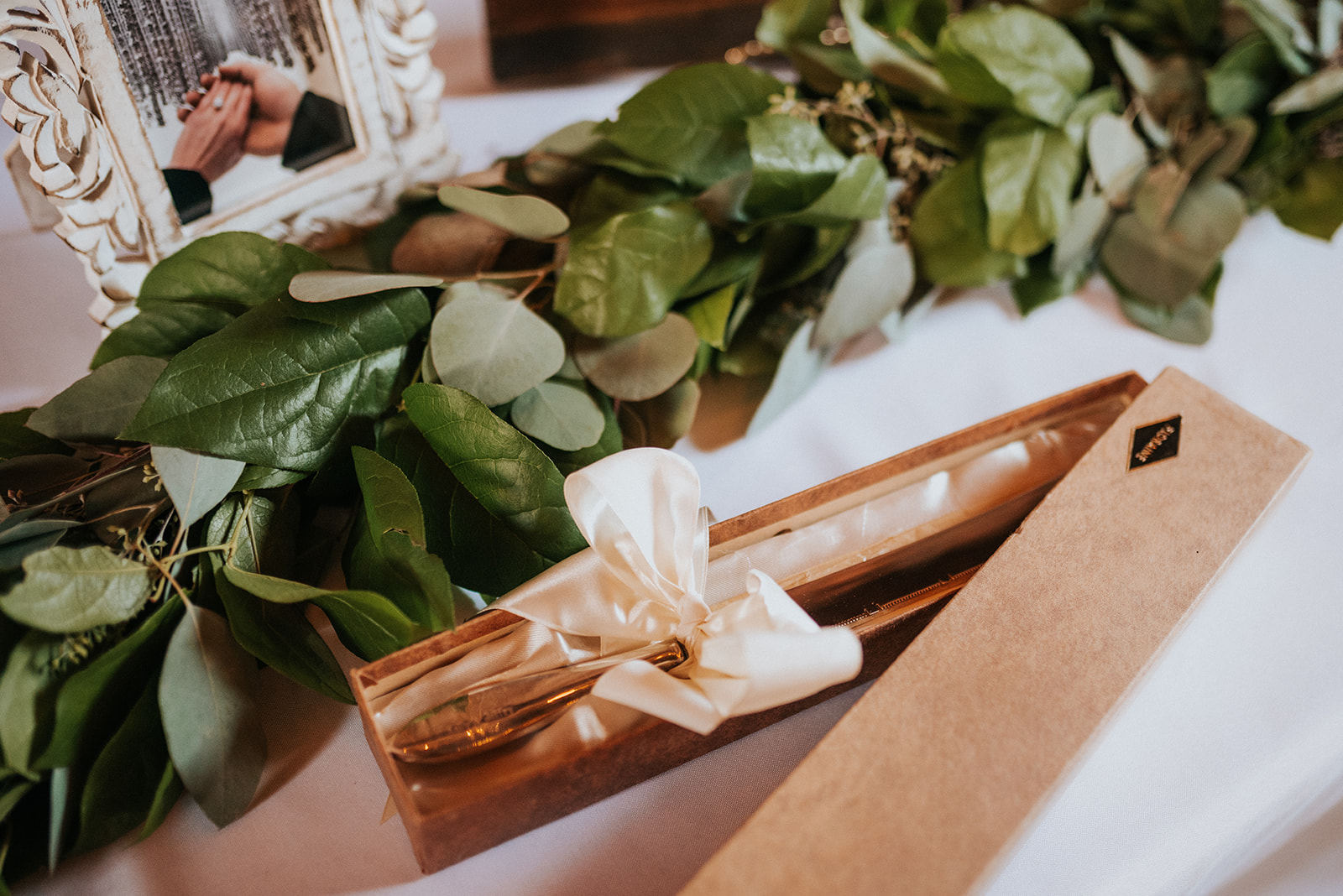 overthevineswisconsinwedding_1168.jpg